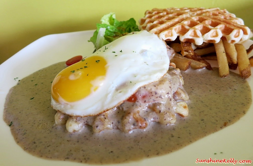 Grill Chicken, Waffle Sandwich, Bites Cafe Lake Fields, Bites Cafe, Sungai Besi, coffee place, malaysia cafe, Coffee, Waffle, Breakfast Pizza, Frittata, Affogato, The last polka, ice cream with coffee, chilled out place, chilled out cafe, egg dish