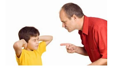 Inilah Sebabnya Mengapa Ada Anak Yang Menyeret Orang Tuanya Ke Neraka