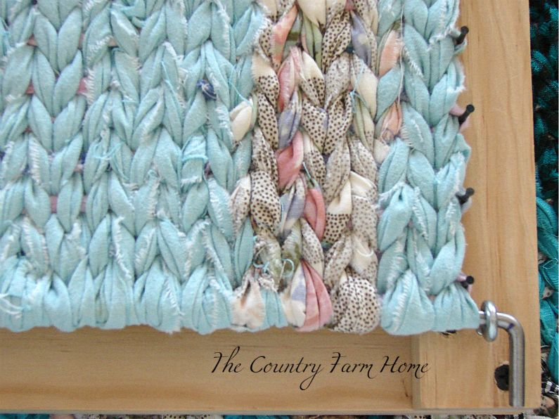 The Country Farm Home Rag Rug Loom Giveaway