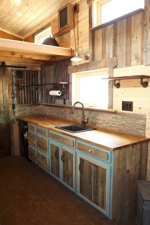 04-Kitchen-Sustainable-Architecture-with-a-Tiny-House-on-Wheels-www-designstack-co