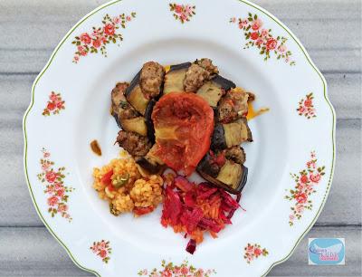 köfteli patlıcan, köfteli patlıcan dizme, köfteli patlıcan kebabı