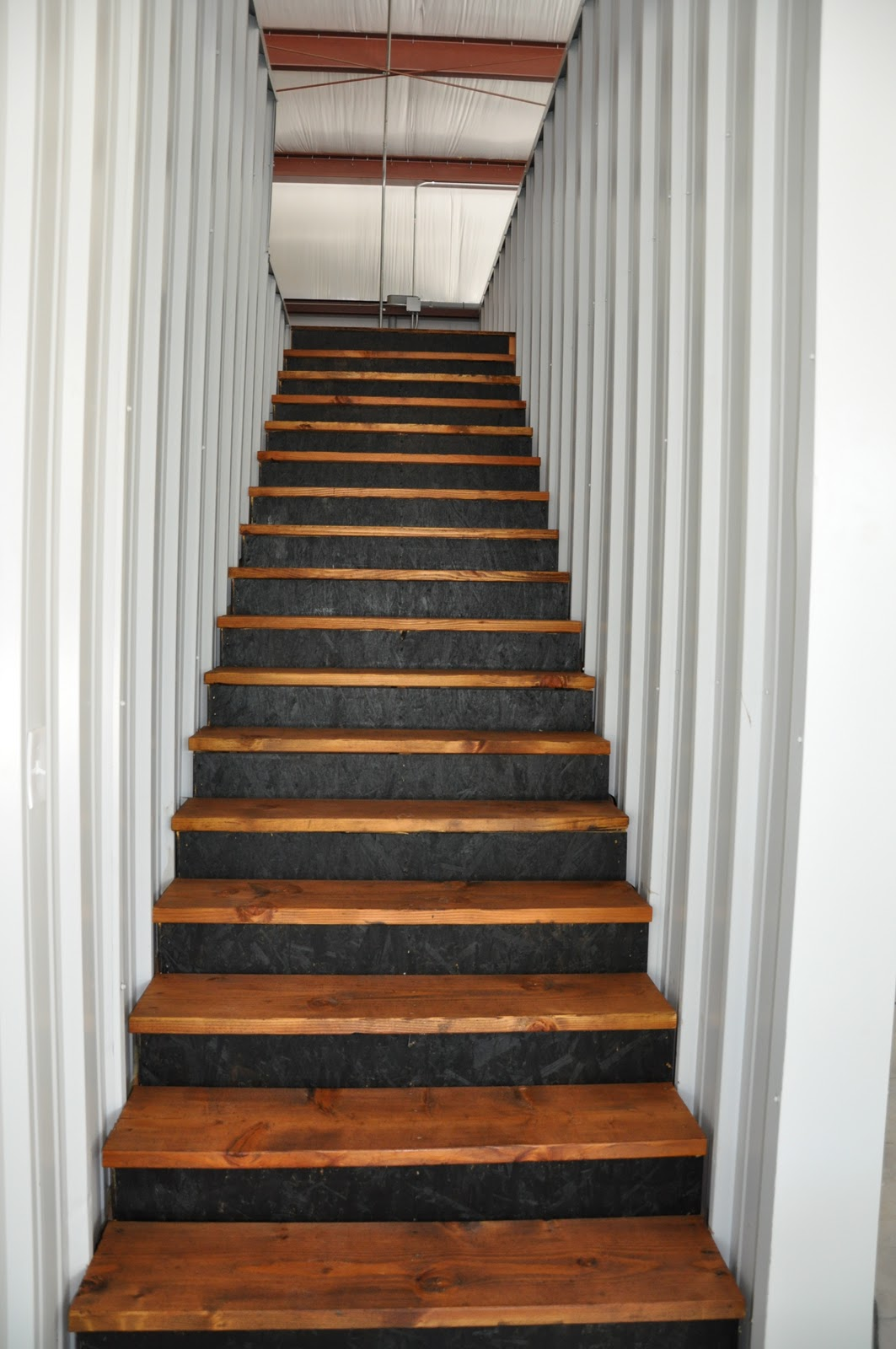 Megpie Designs: The Barn Stairs