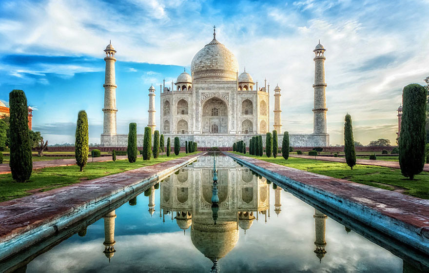 Travel Expectations Vs Reality (20+ Pics) - Checking Out The Breathtaking Glory Of The Taj Mahal, India