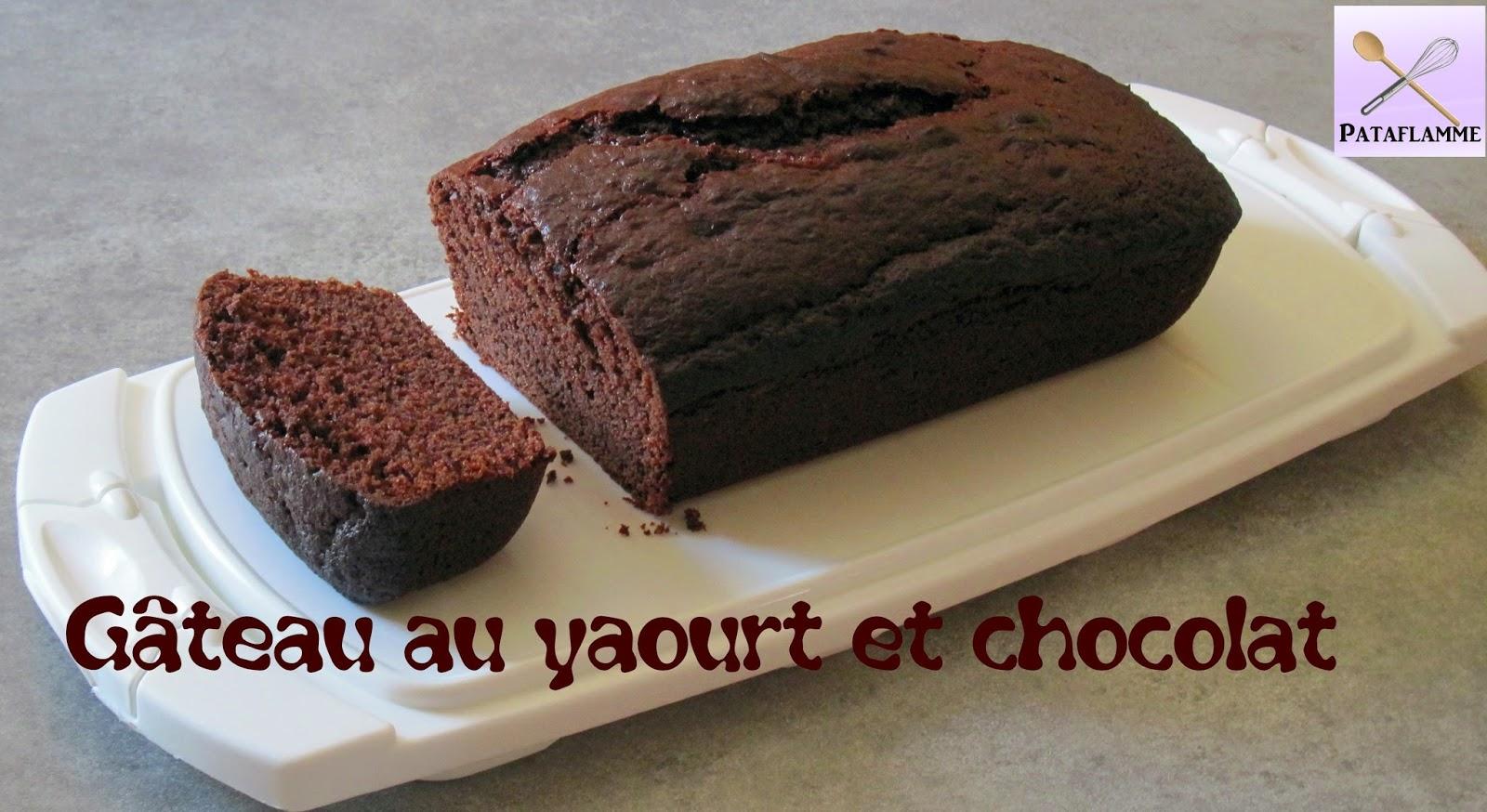 Les recettes faciles de pataflamme le g teau au yaourt et au chocolat - Faire un gateau au yaourt ...