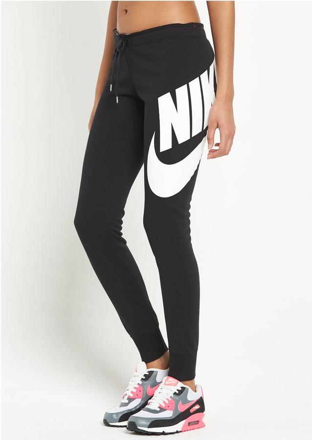 Nike Rally Tight Exploded Logo