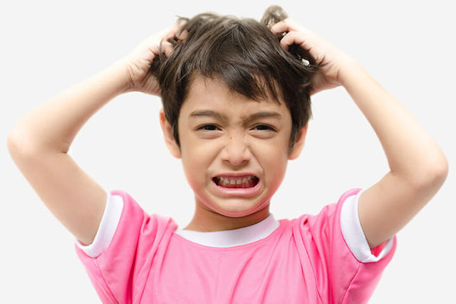 التخلص من قشرة الشعر للاطفال