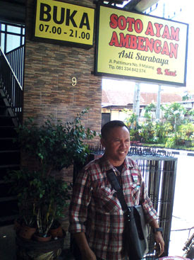 Damanhuri di Soto Ayam Ambengan, Patimura, Malang