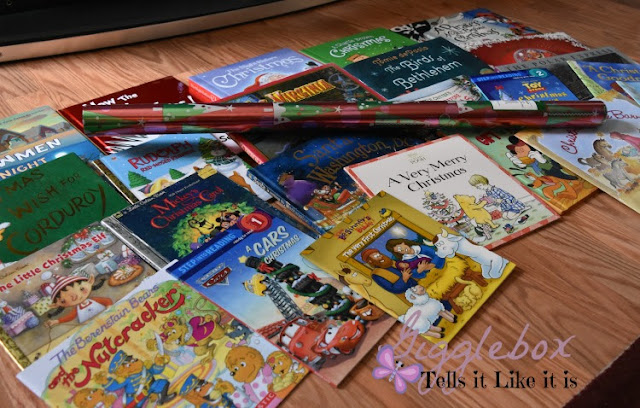 24 Christmas books countdown, Christmas countdown, Christmas books countdown ideas, Christmas countdown ideas, fun things to do with the kids during Christmas, Christmas, Christmas fun with the kids,