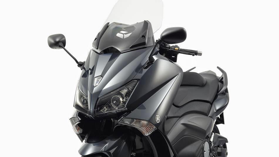 Super Bike Dreamers: Yamaha TMax