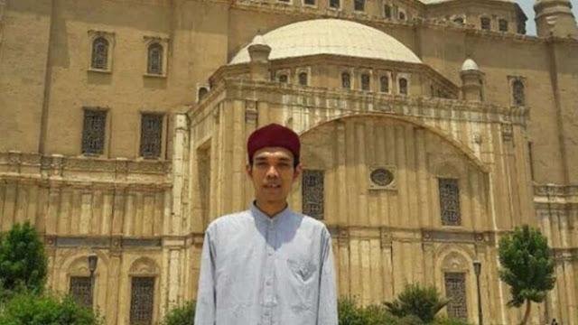 Bergetarnya Hati Ustaz Abdul Somad Saat 'Jumpa' Firaun