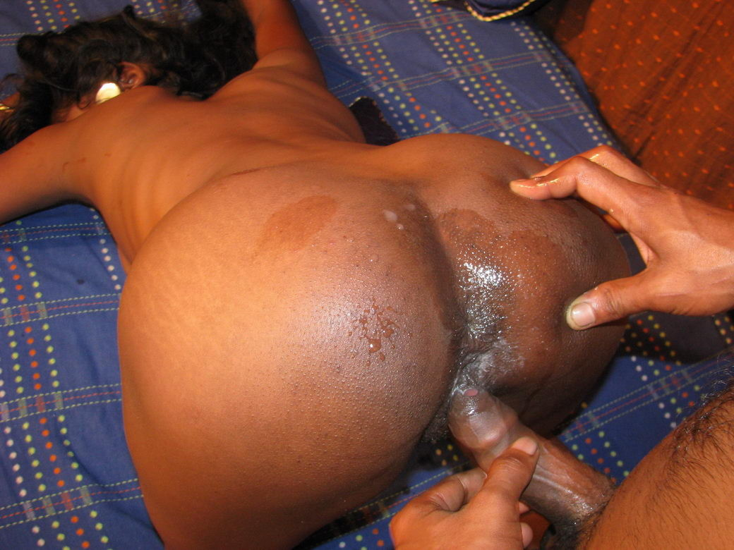 Ebony nut in her