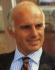 ساكى المدير الفني لمنتخب إيطاليا في كأس العالم 1994