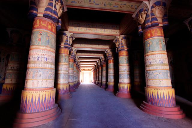 Templo egipcio de los Estudios Atlas