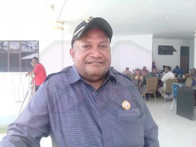 DPRD Mimika Minta Disperindag Tertibkan Pedagang di Pasar Sentral
