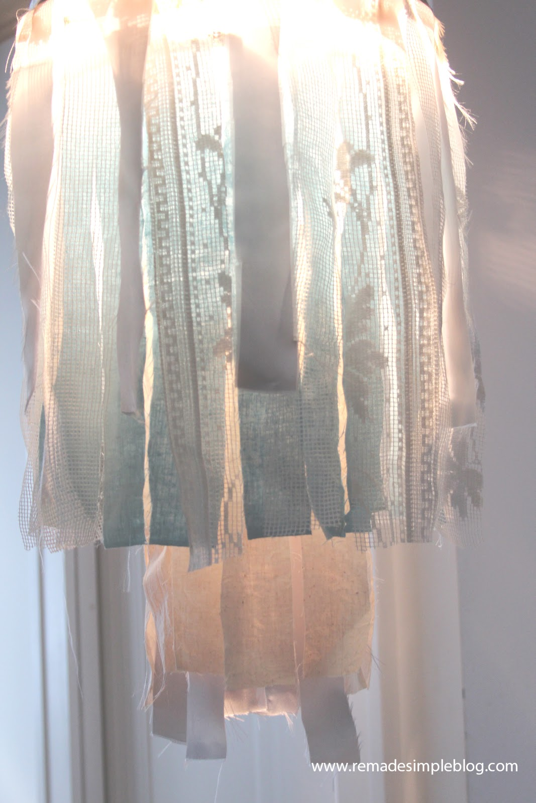 Remadesimple Shabby Fabric Chandelier