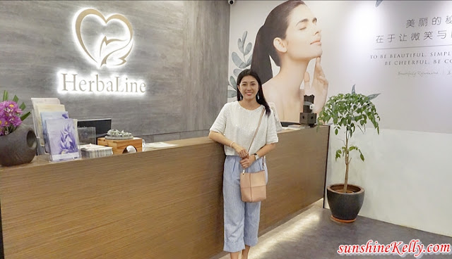Herbaline Facial Spa, Facial Review, Spa Review, beauty, foot spa, aromatherapy relaxation, fish foot spa, pebbles foot reflexology, lemongrass tea