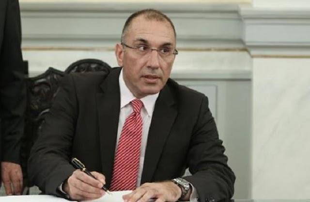 «Παραιτήθηκε» ο υφυπουργός Υποδομών Δ. Καμμένος