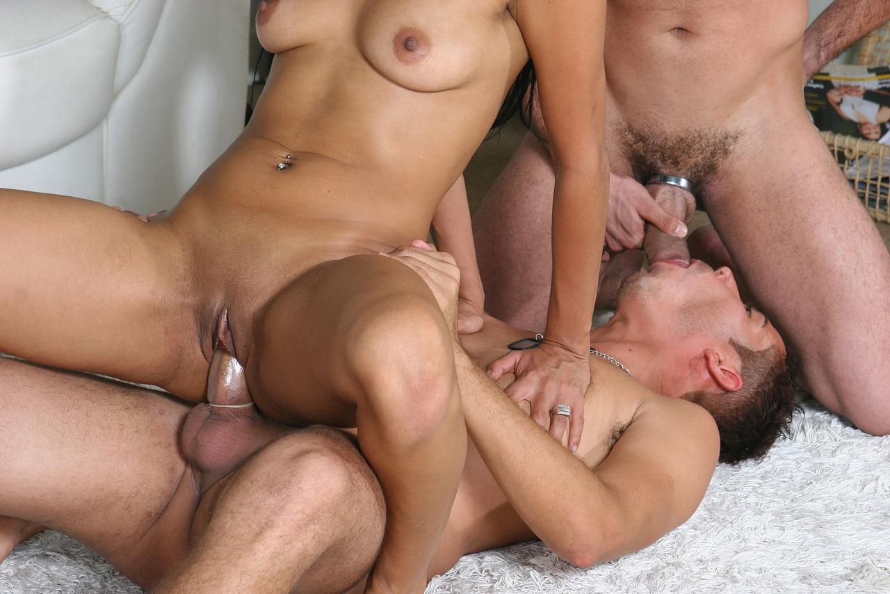 групповуха старых бисексуалов
