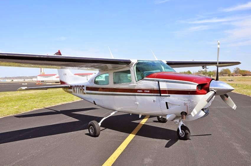 Cessna 210 Operating Manual