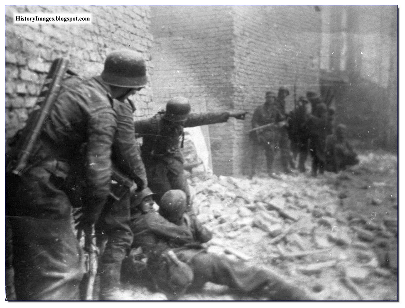 September 18 1944 Germans carry their wounded during  Warsaw Uprising Rare WW2 Image