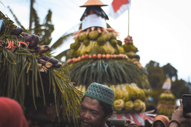 WONG GUNUNG SALAH SATU KEUNIKAN DARI KEBERAGAMAN INDONESIA