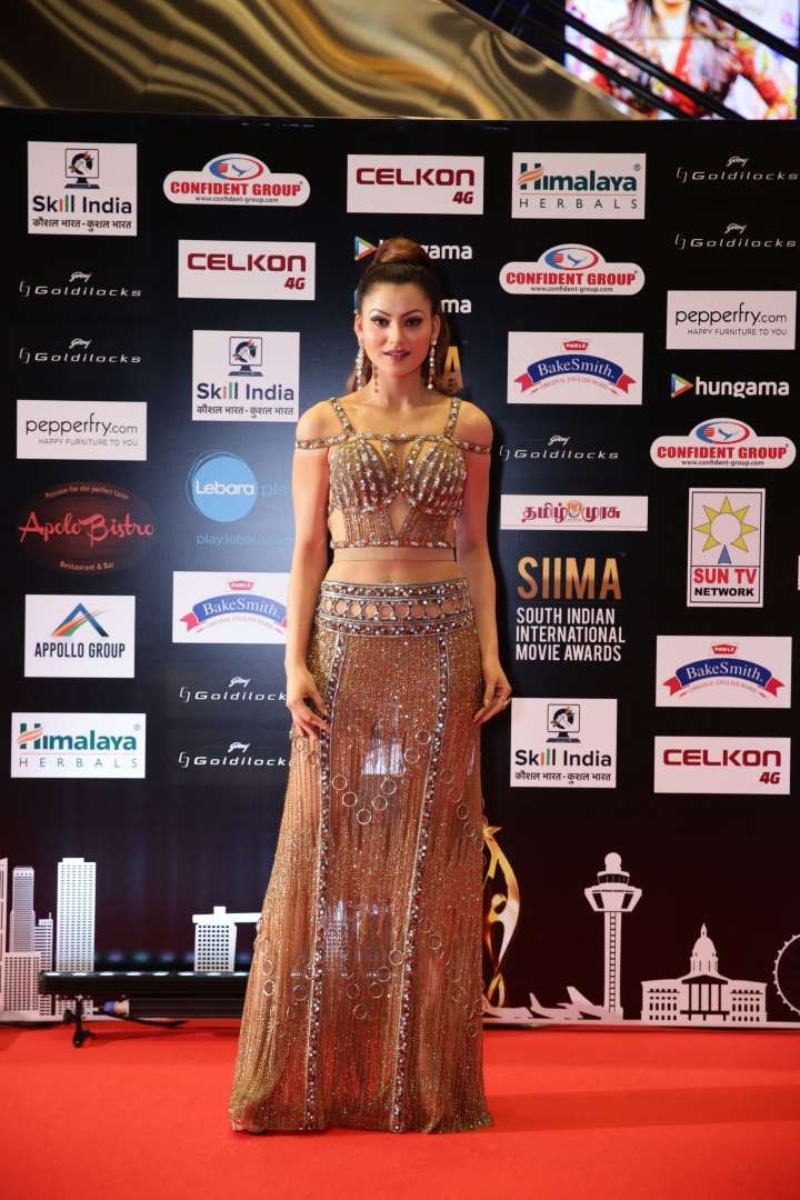Bollywood actress Urvashi Rautela turned heads at SIIMA