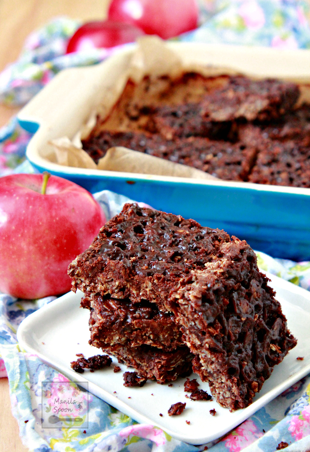 Chewy Chocolate Flapjacks (Oat Bars)