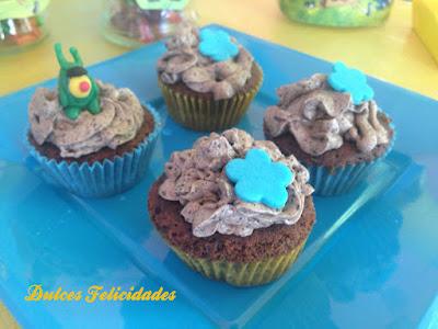 Cupcakes de galletas oreo (Versión Bob Esponja)