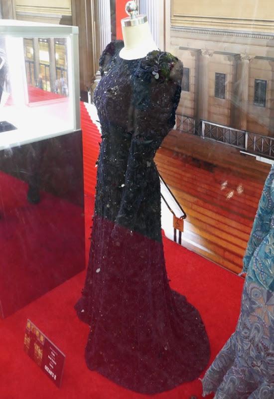 Sarah Paulson Oceans 8 Met Gala Prada dress