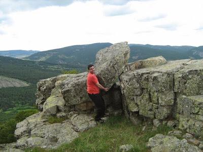 Moncho, piedra, Orihuela del Tremedal