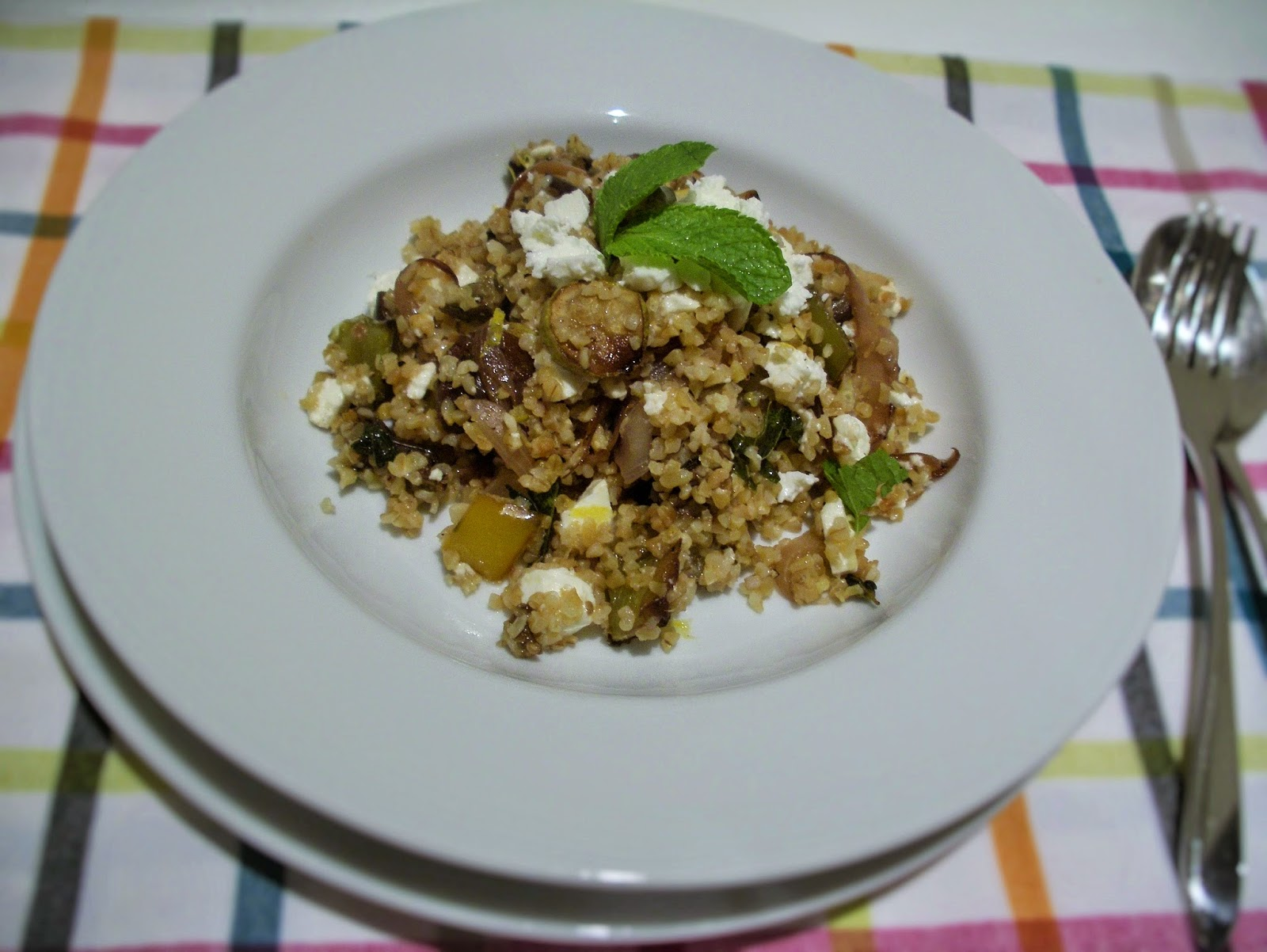 Bulgur with roasted vegetables and feta