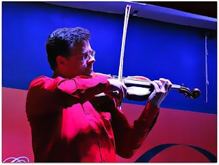 Emerson Kretschmer toca 'Otoño Porteño', Astor Piazzolla