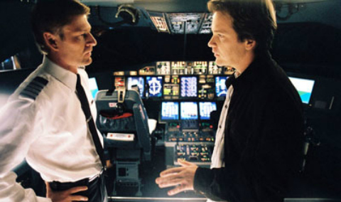 flightplan-sean-bean-peter-sarsgaard