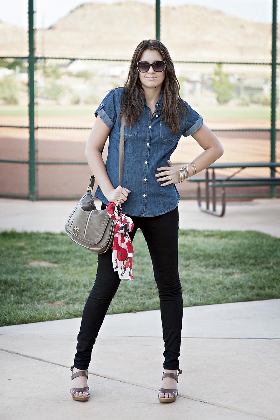 Utah Fashion Blogger, Modest Fashion Blogger, Back Jeans, Sunglasses