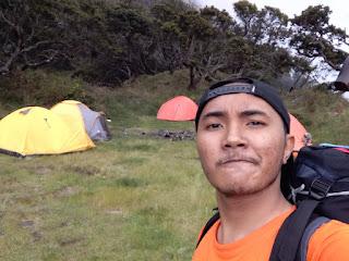 bukit kembar