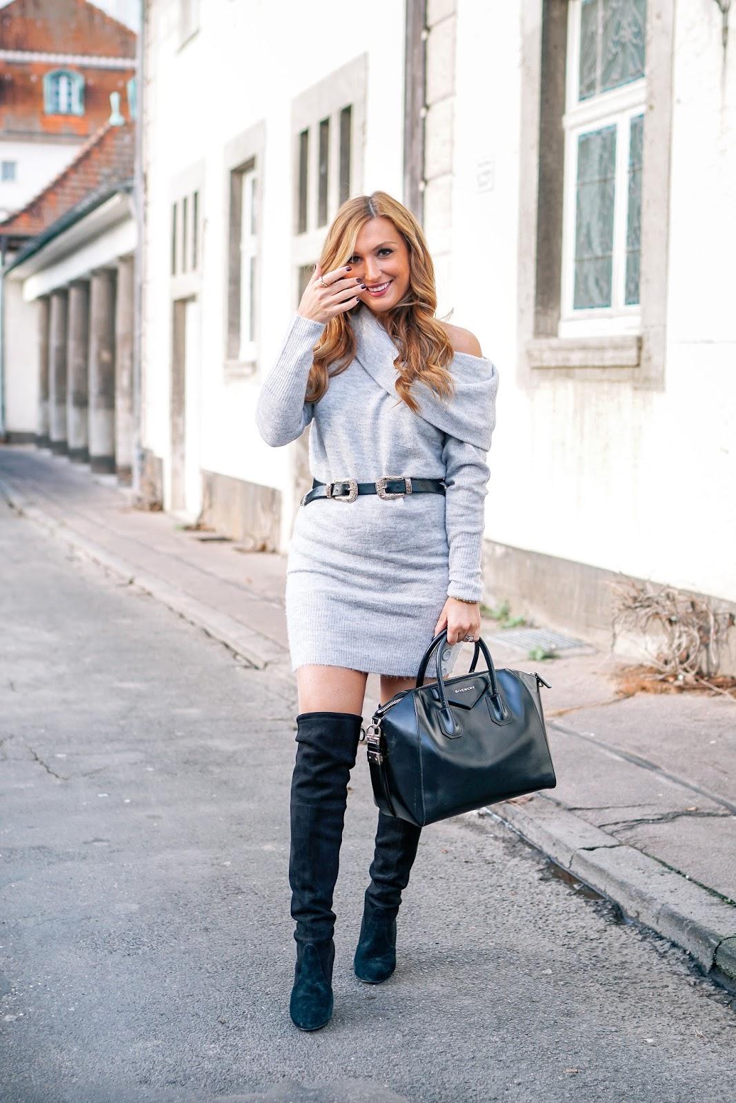 must-have-wie-trage-ich-ein-graues-strickkleid-und-schwarze-overknees