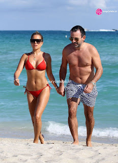Sylvie Meis Super  fit  body in tiny red bikini WOW Beach Side  Pics Celebs.in Exclusive 022