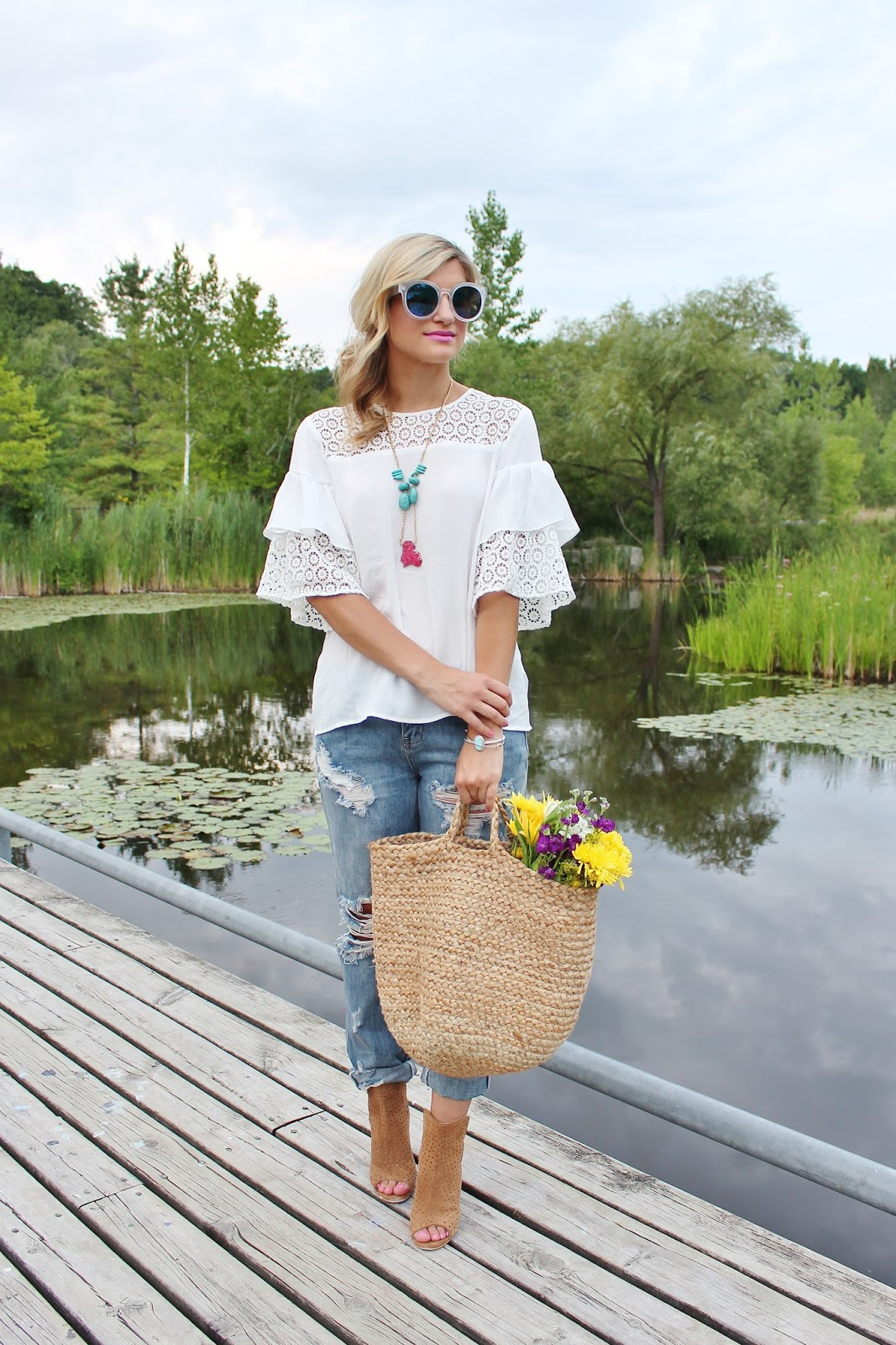 bijuleni-one teaspoon ripped jeans, booties and white blouse