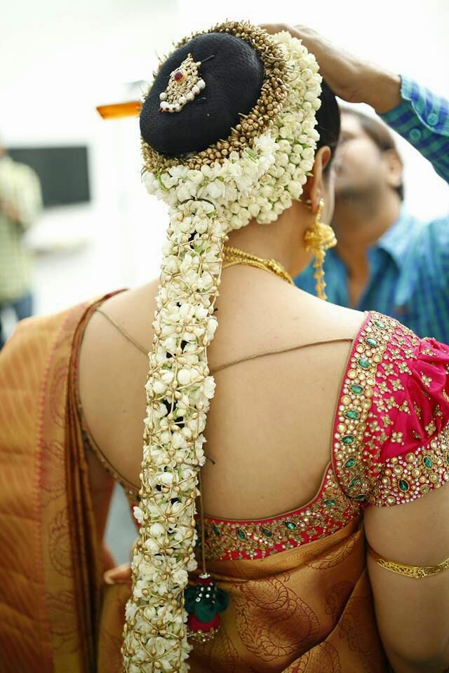 south indian wedding hair style pelli poola southindian bridal hairstyles with flowers 4715