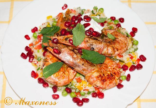 Жареные марокканские креветки, рассыпчатый кускус и радужная сальса от Джейми Оливера
