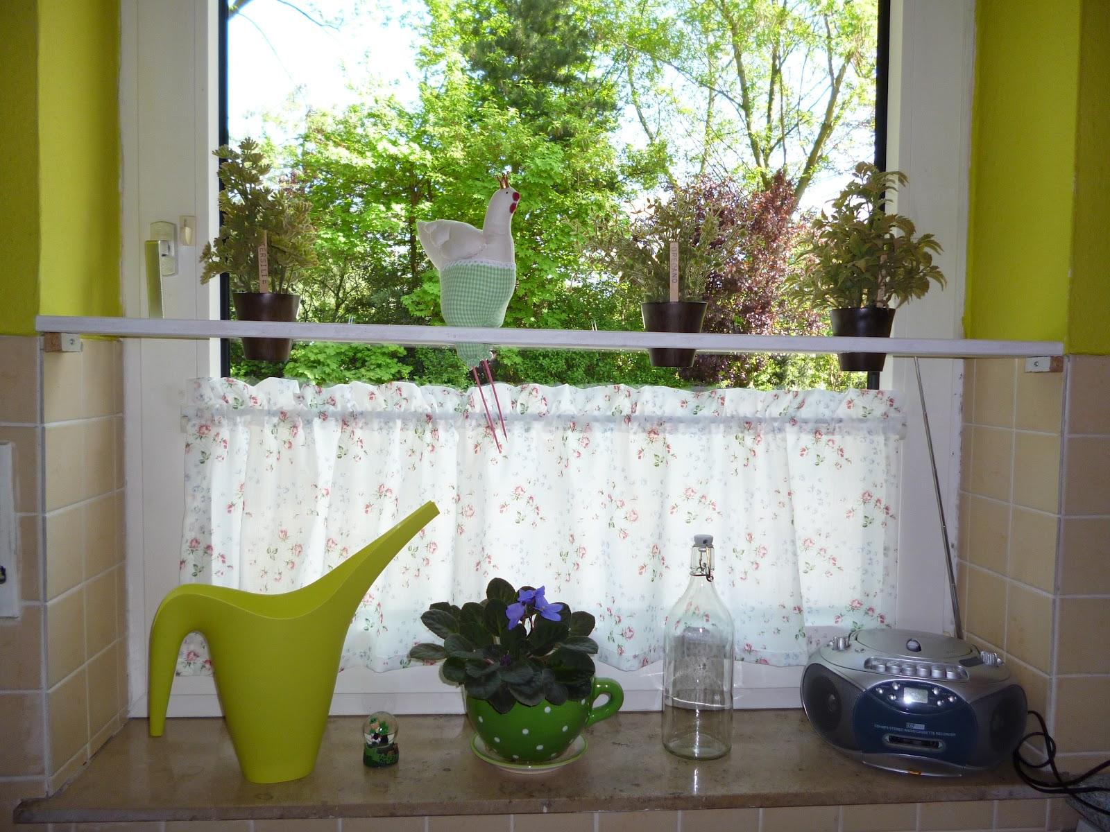 k chenfenster m bel ideen und home design inspiration. Black Bedroom Furniture Sets. Home Design Ideas