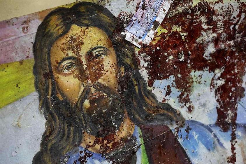 Imagem de Cristo salpicada de sangue de vítimas cristãs no Egito.