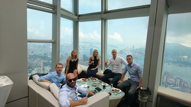 Top 5 Rooftop Bars in Hong Kong Restaurant View Harbour Skyline Kowloon Ozone Ritz Carlton