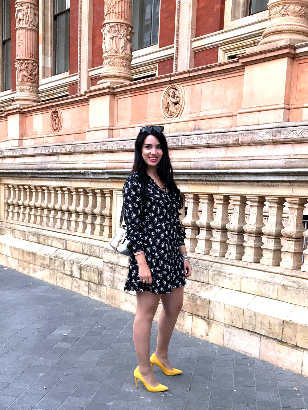 London blogger Emma Louise Layla in South Kensington - UK style & culture blog