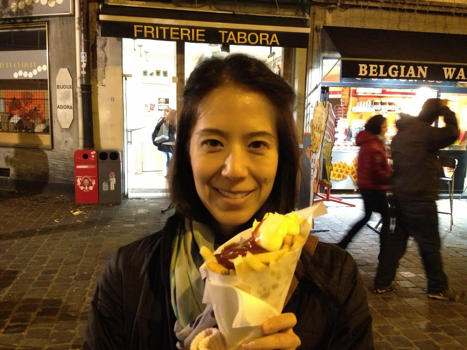 Brussels - Post-dinner snack of frites!