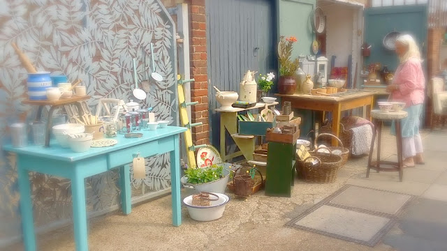 antiques in east dulwich