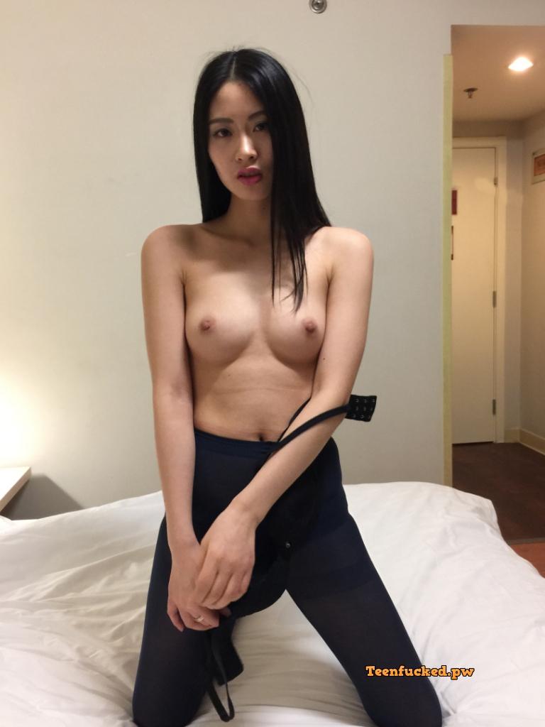 fHeSdBQSMak wm - Beautiful asian girl with nude photos before sex 2020