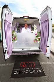 Mobile wedding service