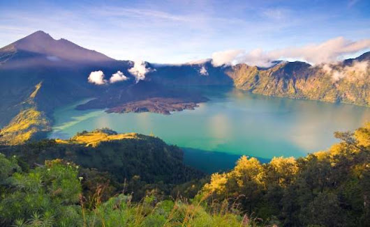 Natural charm of Mount Rinjani in Lombok beautiful