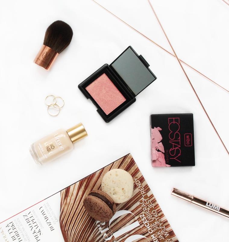 5 ciekawych nowości do makijażu w mojej kosmetyczce: Wibo Ecstasy Blusher Róż do policzków nr 1